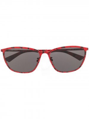 Graphic rectangular sunglasses Balenciaga Eyewear. Цвет: красный