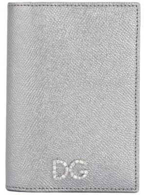 Обложка для паспорта с эффектом металлик Dolce & Gabbana. Цвет: серебристый