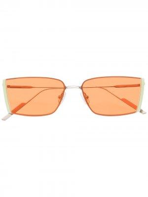 Солнцезащитные очки в квадратной оправе Gentle Monster. Цвет: серебристый