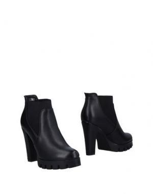 Полусапоги и высокие ботинки SANDRO FERRONE. Цвет: черный