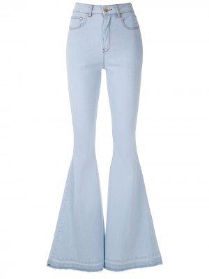 Расклешенные джинсы Regina Super Amapô. Цвет: синий