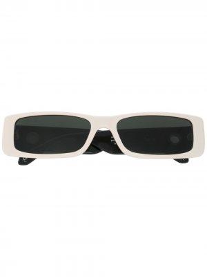 Солнцезащитные очки Dania в прямоугольной оправе Linda Farrow. Цвет: черный