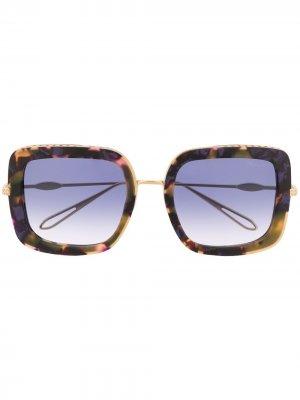 Солнцезащитные очки в оправе черепаховой расцветки Chopard Eyewear. Цвет: золотистый