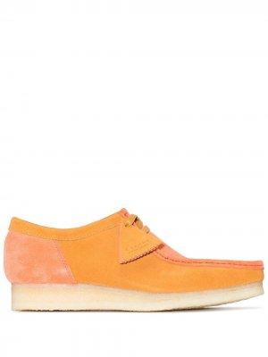 Туфли Wallabee на шнуровке Clarks Originals. Цвет: оранжевый