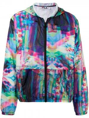 Легкая куртка на молнии с абстрактным принтом Fila. Цвет: зеленый