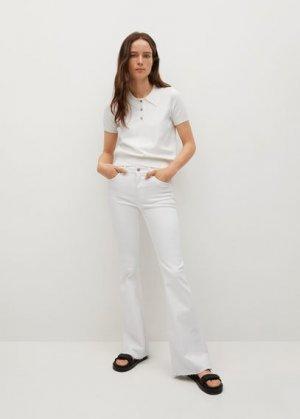Расклешенные джинсы Flare - Mango. Цвет: белый