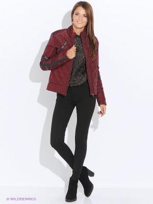 Куртка Camelot. Цвет: бордовый