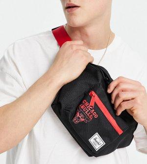 Черная сумка-кошелек на пояс Exclusive Seventeen NBA Chicago Bulls-Черный Herschel Supply Co