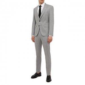Шерстяной костюм BOSS. Цвет: серый