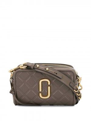 Стеганая сумка через плечо Softshot Marc Jacobs. Цвет: серый