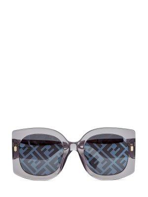 Очки в квадратной трехслойной оправе с принтом Logo FF FENDI (sunglasses). Цвет: серый