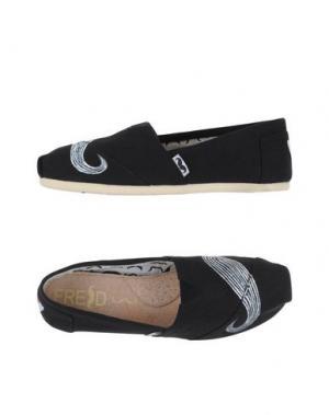 Низкие кеды и кроссовки FRED. Цвет: черный