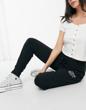 Черные джоггеры с логотипом сбоку -Черный цвет Hollister