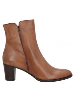 Полусапоги и высокие ботинки CALPIERRE. Цвет: коричневый