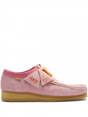 CLARKS X LEVIS WALLABEE PNK Originals. Цвет: розовый