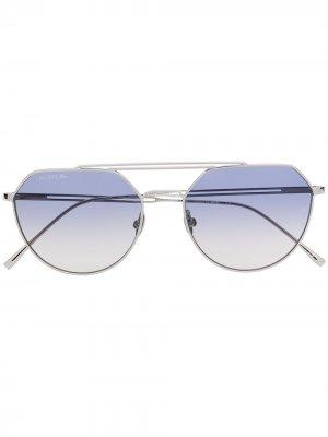 Солнцезащитные очки с градиентными линзами Lacoste. Цвет: серебристый