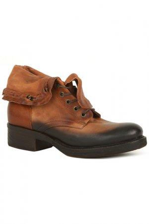 Ботинки Air Step. Цвет: коричневый