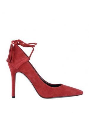 Туфли GUESS. Цвет: красный