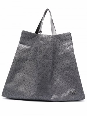 Matte geometric-pattern tote Bao Issey Miyake. Цвет: серый