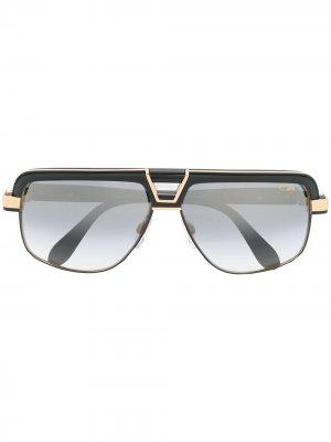 Солнцезащитные очки в геометричной оправе Cazal. Цвет: черный