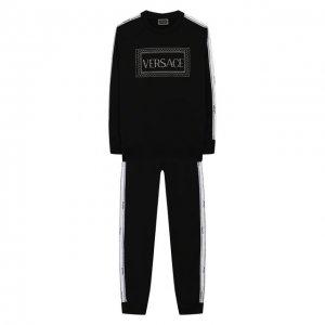 Комплект из свитшота и брюк Versace. Цвет: чёрный