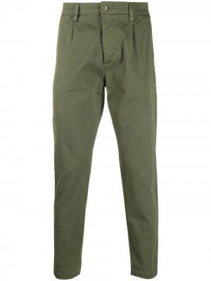 Зауженные брюки чинос Haikure. Цвет: зеленый