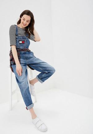 Комбинезон джинсовый Tommy Jeans. Цвет: голубой