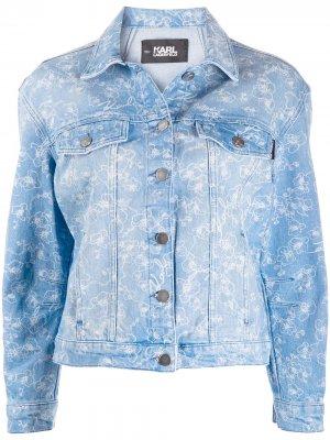 Джинсовая куртка с принтом Karl Lagerfeld. Цвет: синий