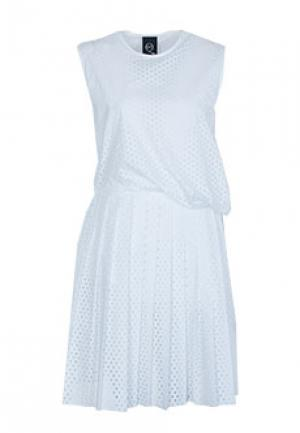 Платье McQ. Цвет: белый