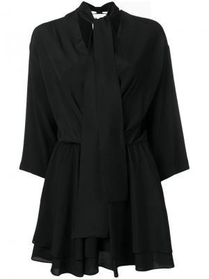 Короткое платье с завязкой на вороте 8pm. Цвет: черный