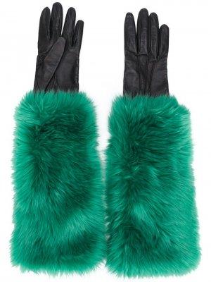 Перчатки с подкладкой из искусственного меха Prada Pre-Owned. Цвет: зеленый