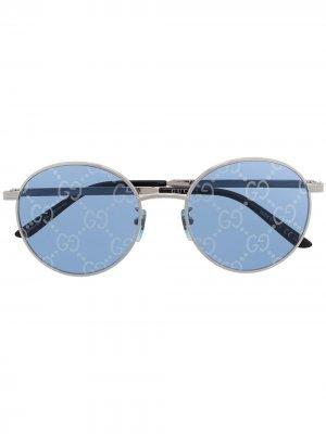 Солнцезащитные очки с логотипом GG Gucci Eyewear. Цвет: серебристый
