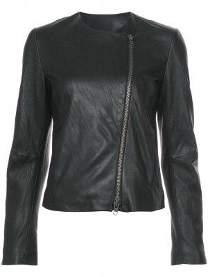 Кожаная куртка с круглым вырезом Vince. Цвет: черный