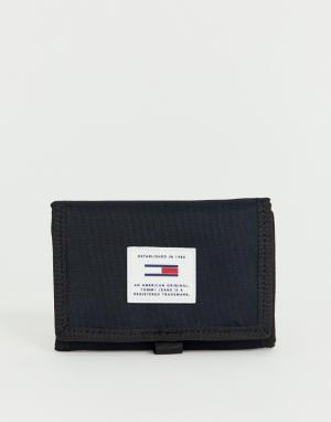 Черный бумажник Tommy Jeans. Цвет: черный