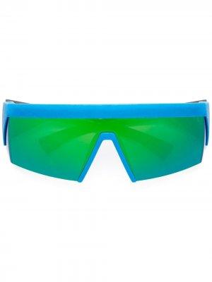 Солнцезащитные очки с голубой оправой Mykita. Цвет: черный