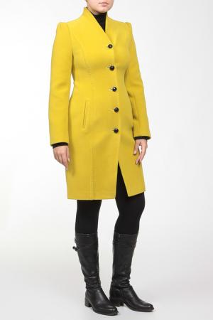 Пальто Exclusive. Цвет: зеленый