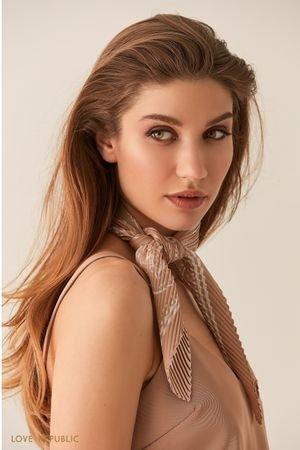Плиссированный шейный платок с принтом молочного оттенка LOVE REPUBLIC