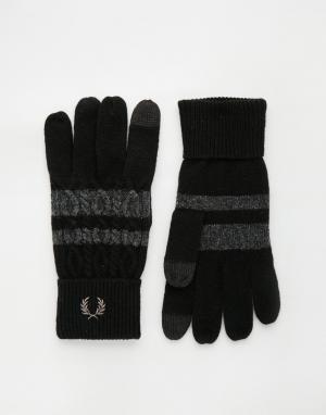 Перчатки для сенсорных гаджетов с узором косичка Fred Perry. Цвет: черный