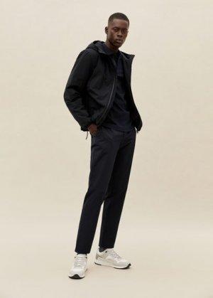 Ультралёгкая ветровка с капюшоном - Nada Mango. Цвет: черный