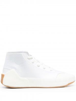 Сандалии Treino adidas by Stella McCartney. Цвет: белый