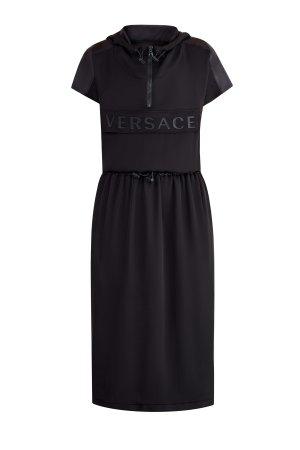 Платье из шелка шармез с нейлоновой отделкой и козырьком на капюшоне VERSACE. Цвет: черный