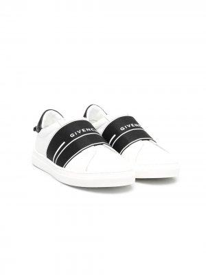 Кеды-слипоны с логотипом Givenchy Kids. Цвет: белый