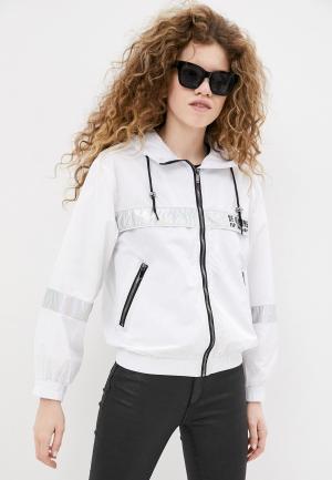 Ветровка B.Style. Цвет: белый