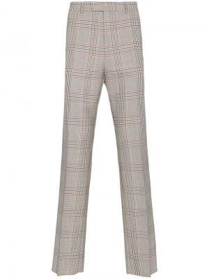 Классические брюки в клетку стиле ретро Gucci. Цвет: нейтральные цвета