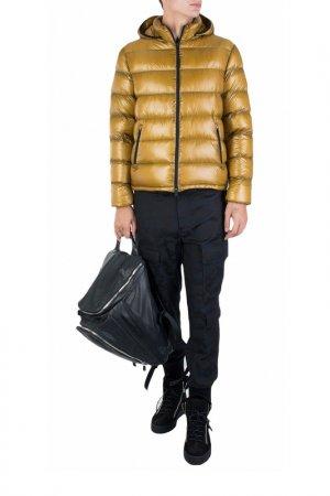 Куртка Herno. Цвет: желтый