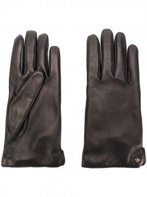 Перчатки с металлической деталью Gucci. Цвет: черный