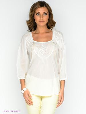 Блузка Cream. Цвет: белый