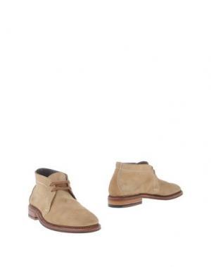 Полусапоги и высокие ботинки ALDEN. Цвет: песочный