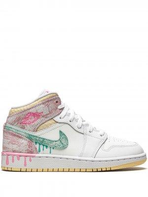 Кроссовки Air Jordan 1 Mid SE (GS) Kids. Цвет: белый