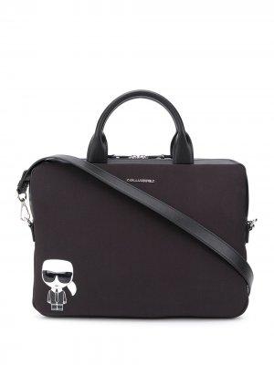 Сумка для ноутбука с металлическим логотипом Karl Lagerfeld. Цвет: черный